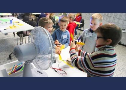 Pavasara brīvlaiks Rīgas Motormuzejā - aktivitāšu programma bērniem un velo eksāmeni